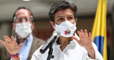 Internautas apoyan decisión de alcaldesa de Bogotá de deportar a extranjeros que cometan delitos