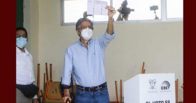 Video// Ecuador tiene presidente y es Guillermo Lasso. Resaltó a Uribe