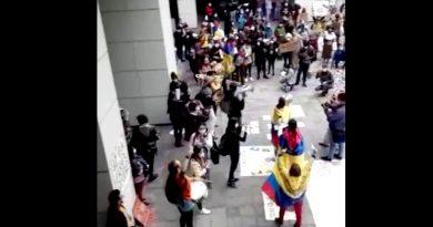 Colombianos residentes en Ecuador apoyan al paro nacional
